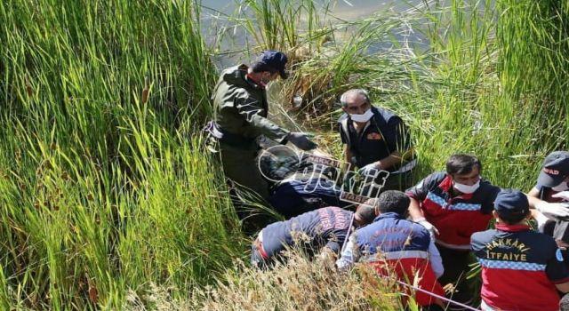 Hakkari'deki bir gölette kadın cesedi bulundu