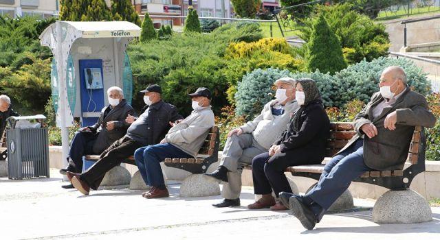 Van'da 65 yaş üstü vatandaşlara yönelik bazı kısıtlamalar getirildi