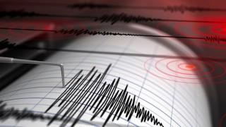 İran'da 5.2 büyüklüğünde deprem meydana geldi
